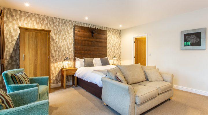 The Royal Oak Hotel Room